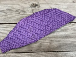 Peau de cuir de poisson tilapia violet mat accessoire bijoux cuir en stock