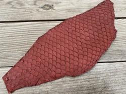 Peau de cuir de poisson tilapia lie de vin mat bijoux maroquinerie Cuir en stock
