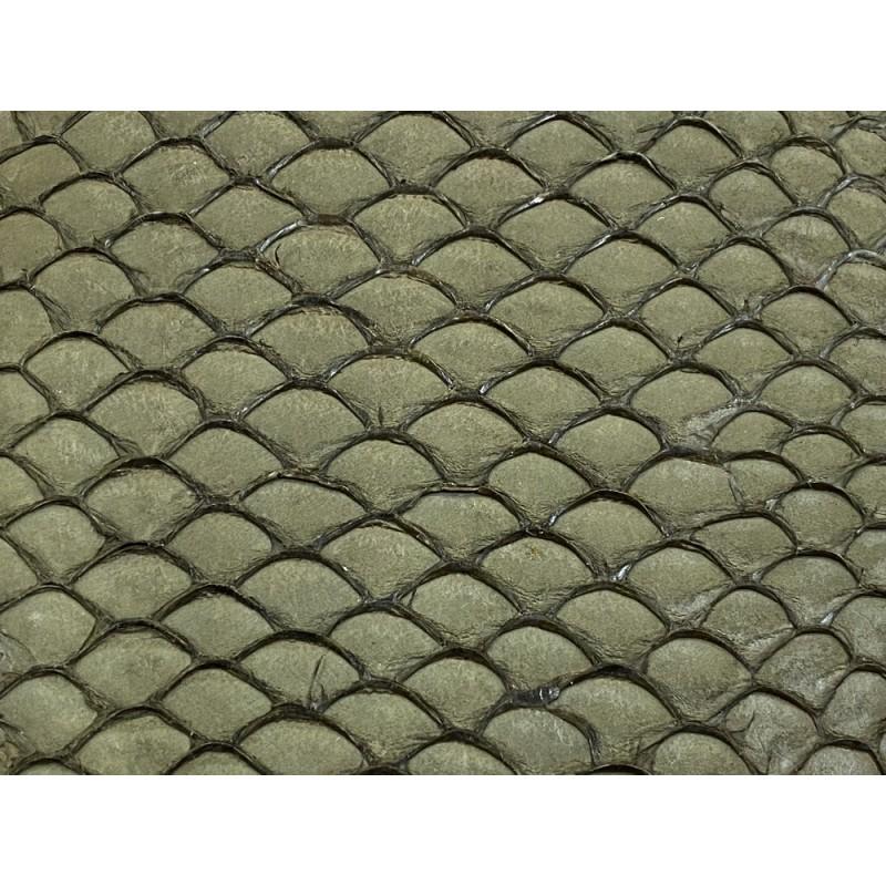 Cuir de poisson tilapia détail écailles naturelles vert kaki Cuir en Stock