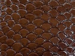 Écailles cuir de poisson tilapia marron glossy Cuir en stock