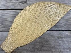 Peau de cuir de poisson tilapia beige glossy doré métallisé bijoux accessoire maroquinerie Cuir en stock