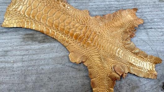 Peau cuir patte de coq fauve nacré bijoux accessoire bracelet montre cuir en stock