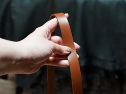 Bande lanière de cuir double croupon brun camel - Découpe sur-mesure - Cuir en Stock