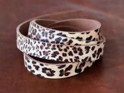 Bande de cuir de vache motif léopard - Cuir en Stock