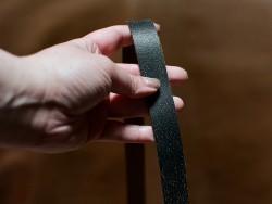 Bande cuir noir vieilli - Double croupon - 100 et 120 cm - Cuir en Stock