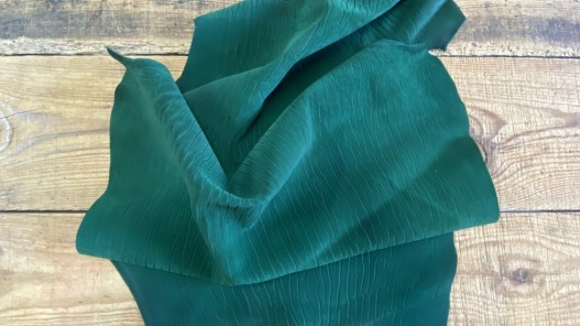 Souplesse de la peau de cuir de poisson requin nubuck vert émeraude Cuirenstock
