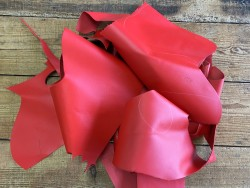 Chutes de cuir de veau - Rouge mat