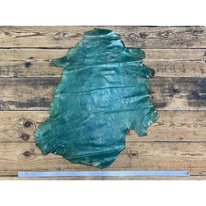 Peau de cuir de mouton - tannage végétal - vert nuancé - maroquinerie - Cuir en Stock