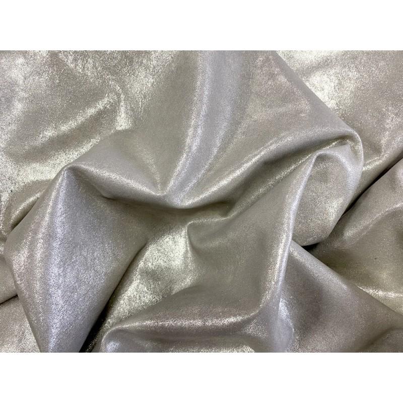 Peau métallisé pailleté argent clair - mouton métis - maroquinerie - vêtement - luxe - Cuir en Stock