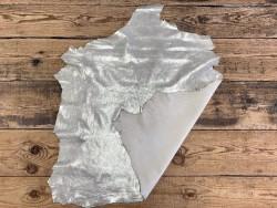 Peau métallisé pailleté argent clair - mouton métis - maroquinerie - vêtement - luxe - Cuirenstock