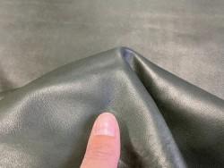 Peau de cuir de mouton nappa métiss vert kaki - vêtement maroquinerie - cuir en stock