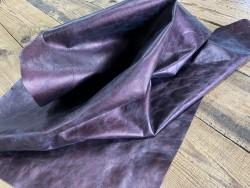 Tannage plutôt ferme morceau de cuir de vachette métallisé prune - Cuirenstock