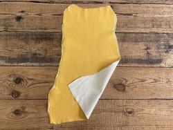 Peau de cuir de chèvre stretch jaune - vêtement - cuir en stock