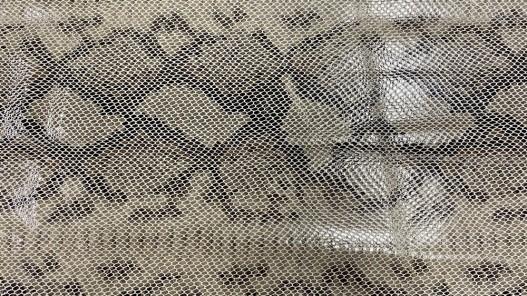 Peau de cuir de veau façon grain serpent beige - maroquinerie - Cuir en stock