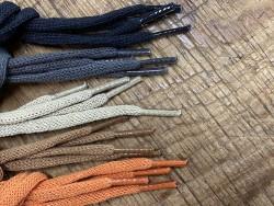Lot de 5 paires de lacets plat coton tricoté - différent coloris - bonnes affaires - Cuir en stock