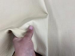 Détail grain de peau - cuir ameublement ou sellerie automobile - beige façon crocodile - Cuirenstock