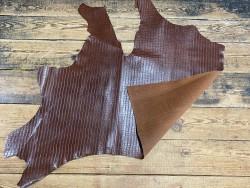Recto verso cuir de vachette grain façon crocodile - brun acajou - maroquinerie - ameublement - cuir en stock