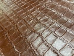 Cuir de vachette grain façon crocodile - brun acajou - maroquinerie - ameublement - Cuirenstock
