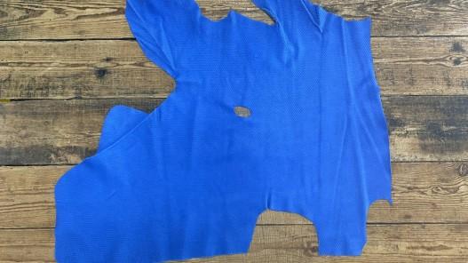 Demi peau de cuir de veau grain façon serpent bleu cyan - maroquinerie - Cuir en Stock