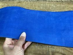 Détail morceau de croute de collet bleu - ceinture - Cuir en stock