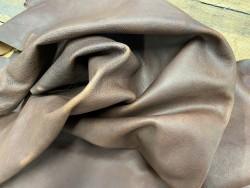 Souplesse morceau de cuir gras - vachette marron pullup - maroquinerie - Cuirenstock