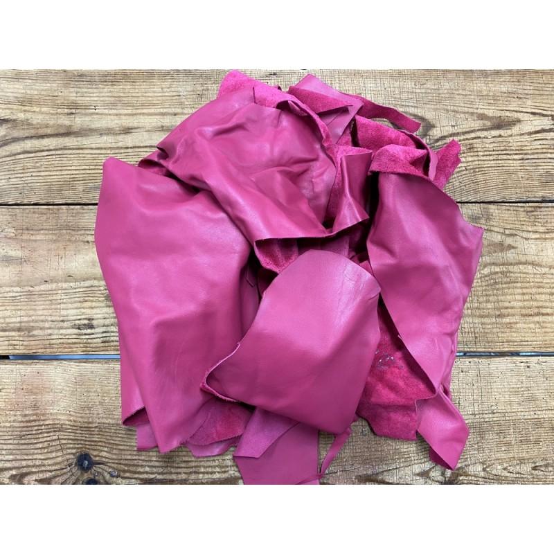 Morceau de cuir de veau rose fuschia vendu au poids - maroquinerie - bijou - accessoire - Cuir en Stock