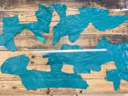 Chutes de cuir de veau lisse vert émeraude - vente au poids - maroquinerie - cuir en stock