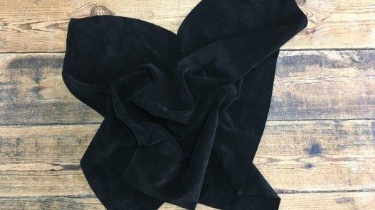 morceau de peau de veau velours noir accessoire ameublement maroquinerie cuirenstock