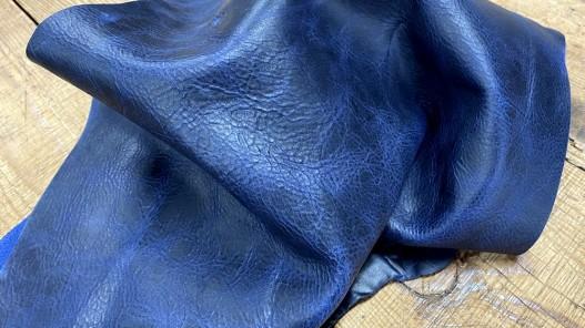 Souplesse morceau de cuir de veau pullup bleu marine nuancé - cuir gras - maroquinerie - Cuirenstock