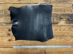 Grand morceau de collet pur végétal noir naturel Cuir en stock