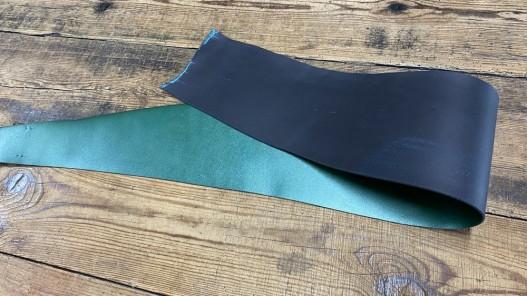 Recto verso bande de collet de vache végétal vert nacré - cuir à ceinture - Cuirenstock