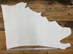 Grand morceau de cuir de veau finition pullup blanc maroquinerie Cuir en Stock
