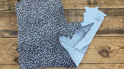 Recto verso peau de cuir de veau velours façon léopard - maroquinerie - cuirenstock
