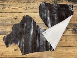 Recto verso cuir de veau façon crocodile marron - maroquinerie - cuirenstock