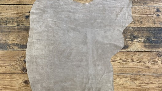 Peau de veau velours beige sable - maroquinerie, vêtement - Cuir en Stock