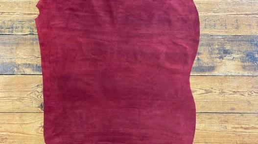 Peau de veau velours bordeaux - maroquinerie vêtement ameublement - Cuir en Stock