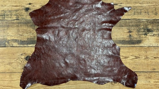 Peau de cuir de buffle brun rouge - maroquinerie - Cuir en Stock
