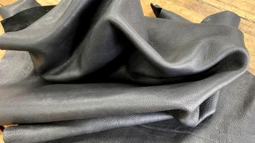 Grand morceau de cuir gras - vachette noir pullup - maroquinerie - Cuirenstock