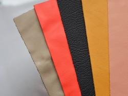 Lot de 5 morceaux de cuir divers 20 cm x 15 cm - cuir en stock