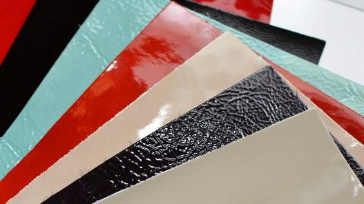 Lot surprise 10 morceaux de cuir vernis - Rectangle 22.5 x 32 cm - Cuir en Stock