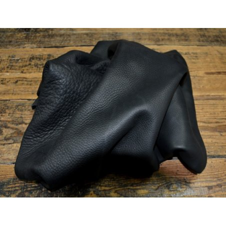 Chutes de cuir de vache black