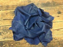 Chutes de cuir de veau bleu