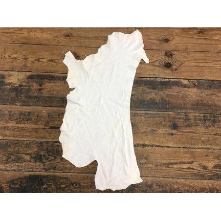 Agneau fripé blanc cassé