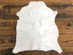 peau de cuir de chèvre blanc satiné maroquinerie reliure accessoire cuir en stock