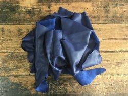 chutes de cuir de veau bleu marine maroquinerie ameublement cuir en stock