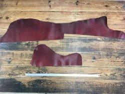 morceaux de cuir de vache naturel huilé bordeaux maroquinerie cuir en stock