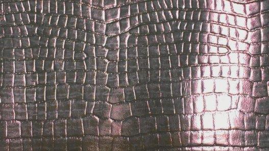 morceau de cuir fantaisie imitation crocodile exotique couleur cuivre rose gold cuirenstock