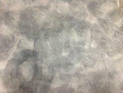 Détail peau de cuir de veau nuancé - gris - maroquinerie - Cuir en stock