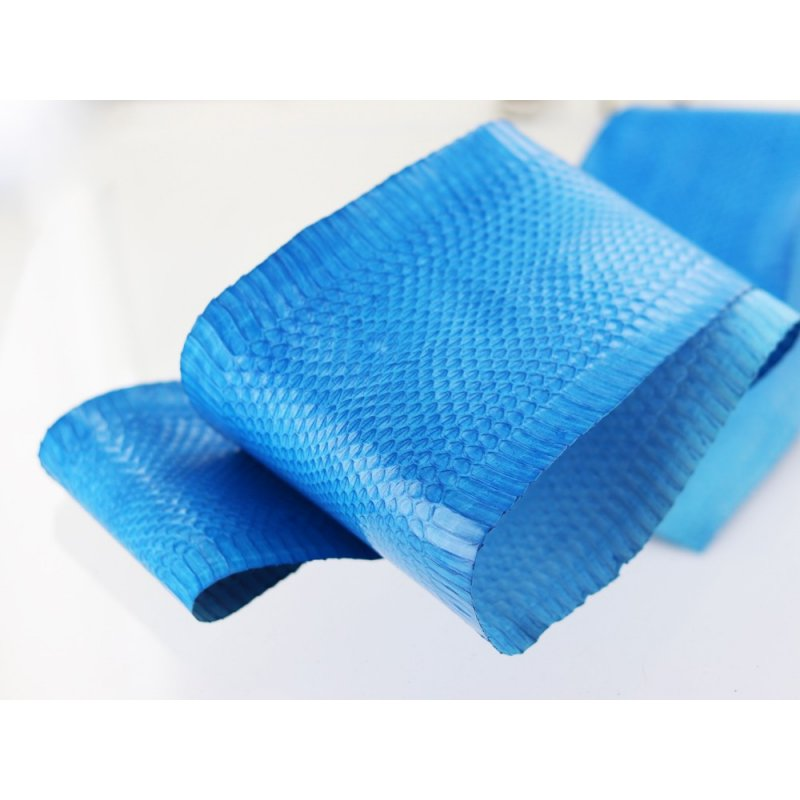 peau de serpent vente maroquinerie cuir exotique bleu cuirenstock