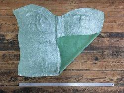 peau veau velours vert paillette argenté Cuir en Stock